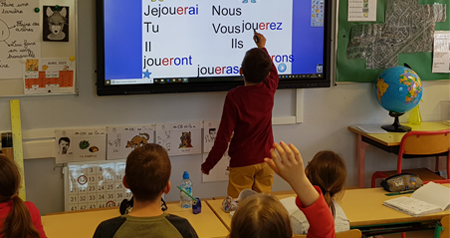 utilisation-ecran-interactif-classe