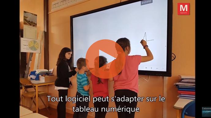 <strong>vidéo écran interactif ecole bergers play</strong>&#8221; width=&#8221;690&#8243; height=&#8221;388&#8243; /></p> <h3>Les professeurs ont été formés rapidement : un écran interactif est une solution clé en main</h3> <p>Pour les enseignants aussi, c&#8217;est une révolution. Un écran tactile c&#8217;est à la fois pratique et facile à utiliser. Quelle que soit la matière enseignée, il y a des outils fournis aux professeurs : compas et règles pour les mathématiques, cartes et tableaux pour l&#8217;histoire-géographie, règles de grammaire pour le français, etc. D&#8217;autant plus, tous les logiciels validés par l&#8217;Education Nationale sont compatibles avec l&#8217;écran interactif SpeechiTouch.</p> <p>C&#8217;est si simple que les enfants en ont très vite compris le fonctionnement. Pour eux, l&#8217;écran interactif est une façon presque amusant d&#8217;apprendre. Ils ne voient pas tous les outils mis à disposition et le côté pratique, mais bel et bien une tablette tactile géante dont l&#8217;usage pédagogique est aussi ludique. </p> <p>Terminé les outils numériques un peu long à démarrer et les branchements parfois compliqués, <a href=