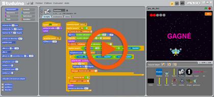 programmer le déplacement d'un personnage sur un écran en Scratch