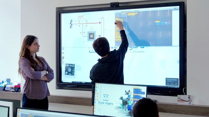 apprendre à programmer sur ecran interactif