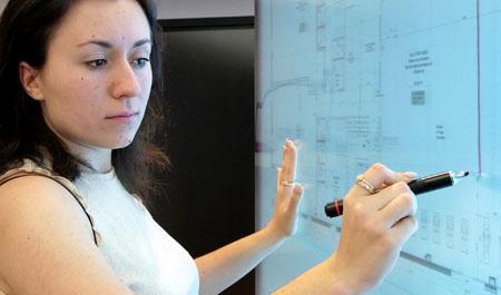l'écran capacitif différencie doigt, stylet et paume de main