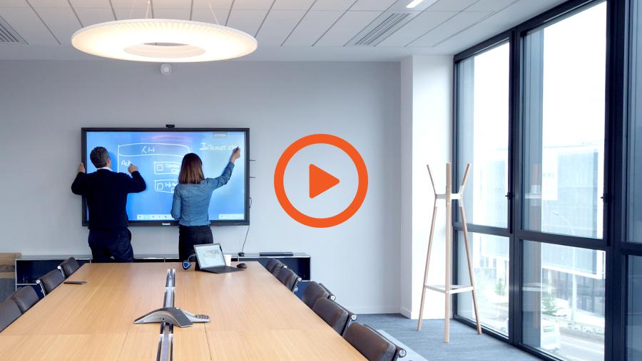 interview-client-ecran-interactif-speechitouch-elex