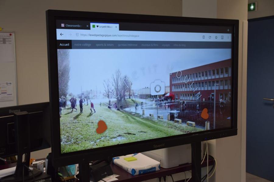 L'écran interactif SpeechiTouch du collège Jean Moulin