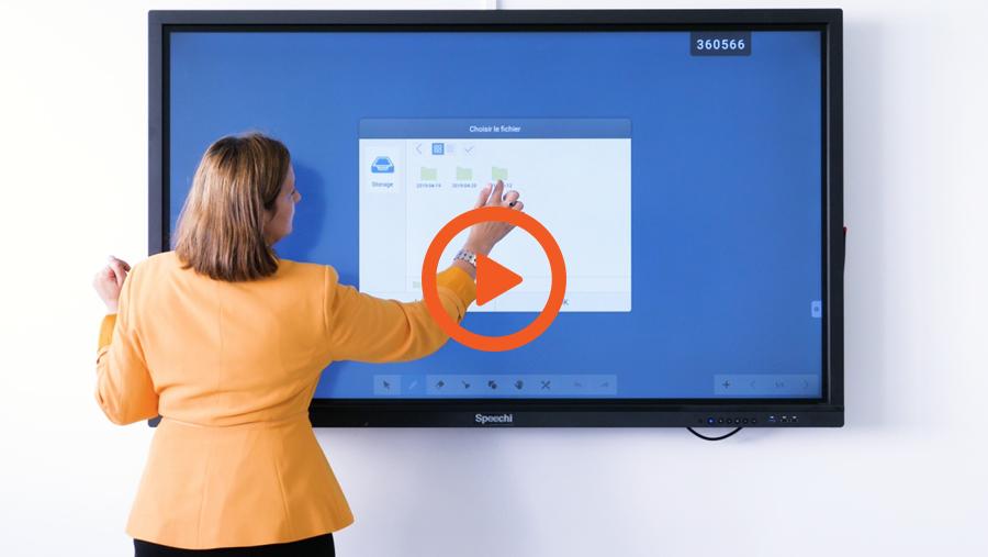 La vidéo interview sur écran interactif dans l\'entreprise Foxy\'s