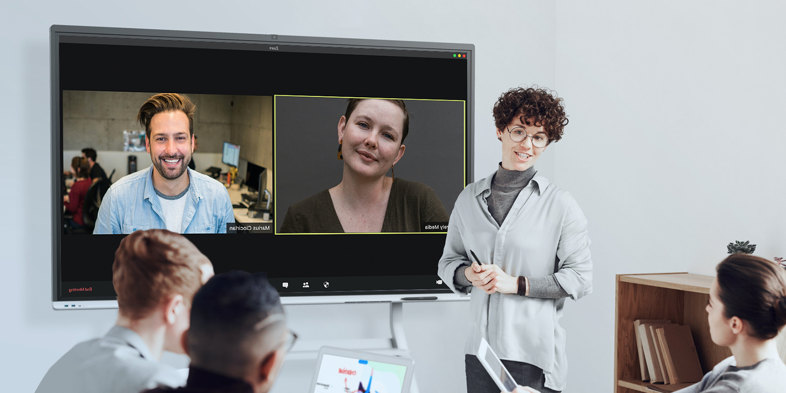 la digitalisation des espaces de travail avec l'écran interactif