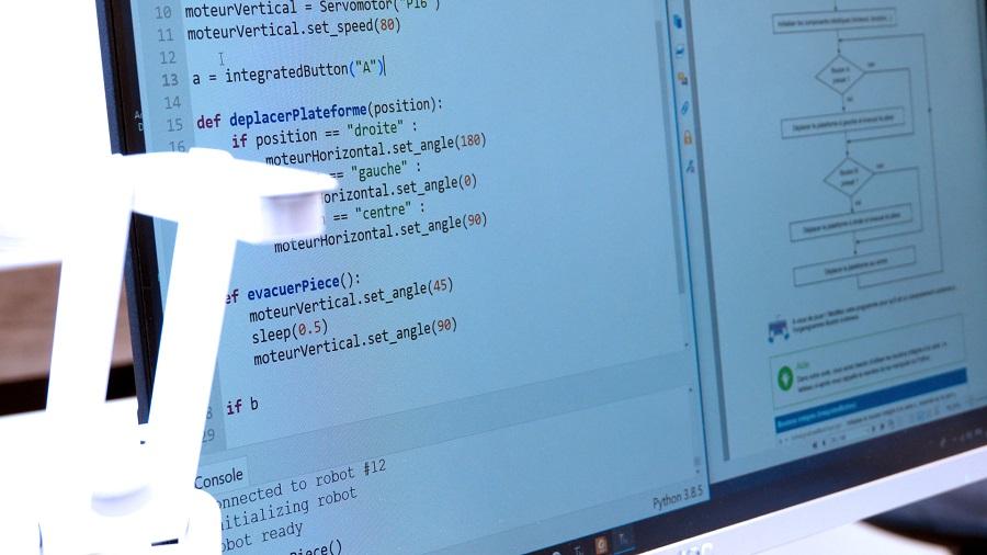 apprendre à programmer en Python un robot