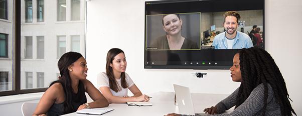 logiciel visioconférence zoom écran interactif
