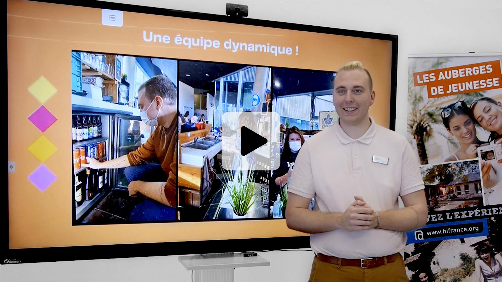 témoignage de l'auberge de jeunesse de Lille sur l'utilisation d'un écran interactif dans espace équipé pour séminaire et formation
