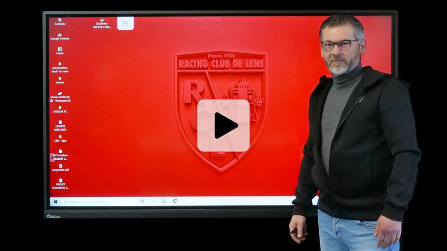 interview du centre de formation du RCL avec Eric Assadourian sur l'utilisation de l'écran tactile