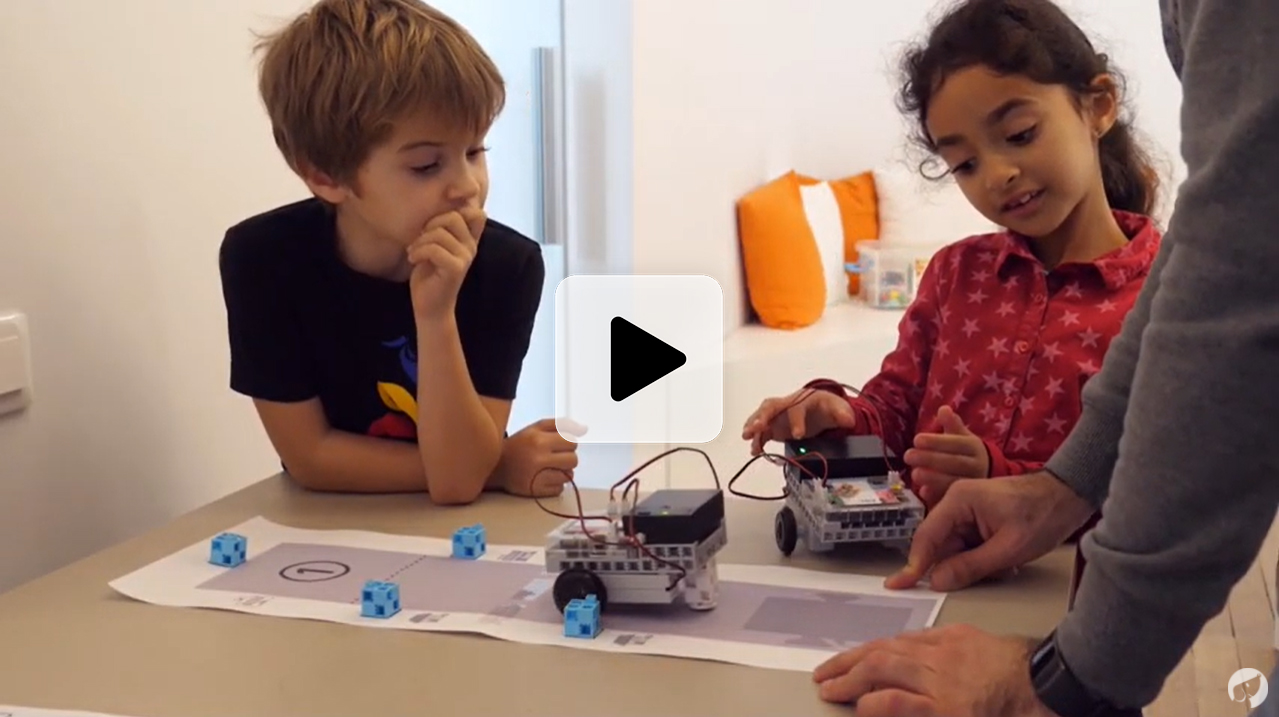 vidéo d'un cours de robotique et de programmation en école primaire